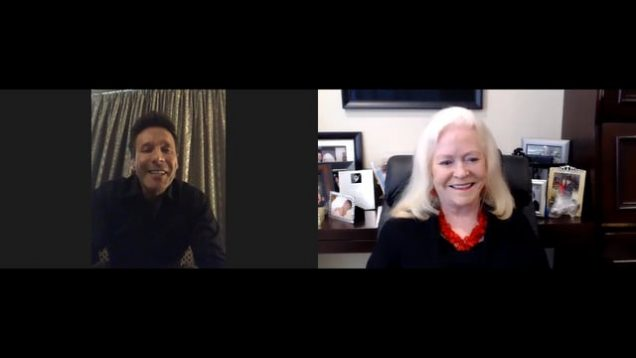 """The Unstoppables: """"Play Big"""" with Sharon Lechter"""